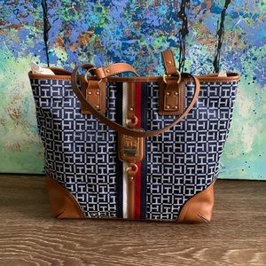 Tommy Hilfiger Authentic Woman's Handbag